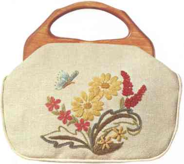 #347 Daisies With Butterfly Bermuda Bag